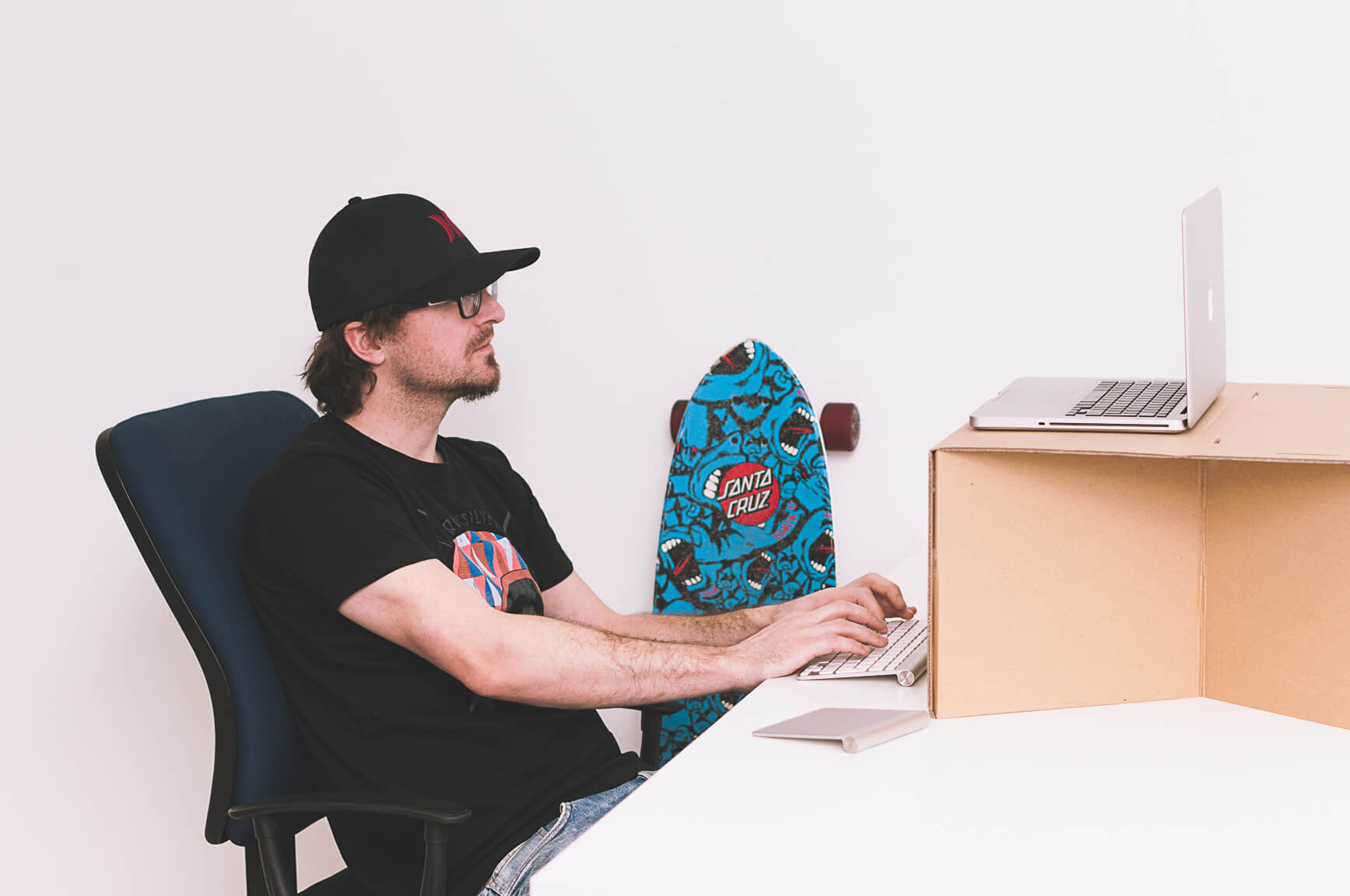 Switch Stance Portable Ultra Affordable Standing Desk